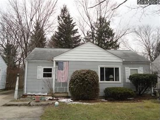 5627 Burns Rd, North Olmsted, OH 44070