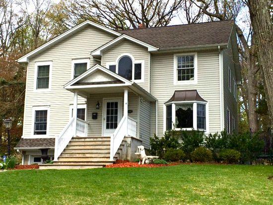 538 Van Dyke St, Ridgewood, NJ 07450
