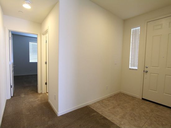 120 W Del Prado Ct, Mountain House, CA 95391