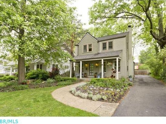 2796 Powell Ave, Bexley, OH 43209