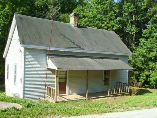 180 Liberty Cir, Hartwell, GA 30643