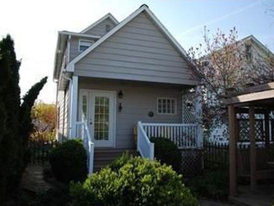 305 N Walnut St, Ligonier, PA 15658