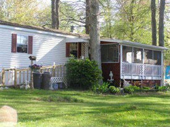 8845 Maple Dr, Meadville, PA 16335