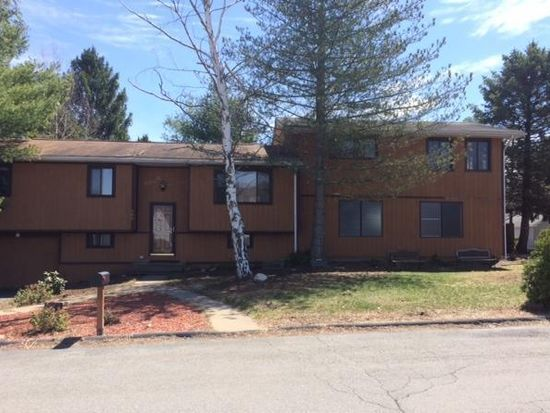 100 Anthony Dr, Taylor, PA 18517