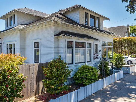 422 Pine Ave, Pacific Grove, CA 93950
