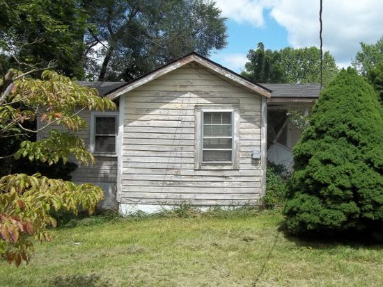 14 Office St, Oak Hill, WV 25901