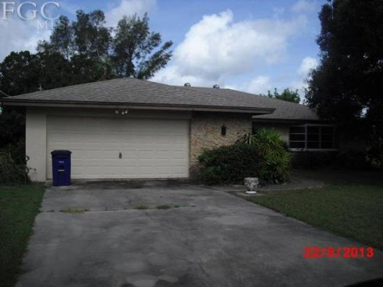 312 Broadview Dr, Fort Myers, FL 33905