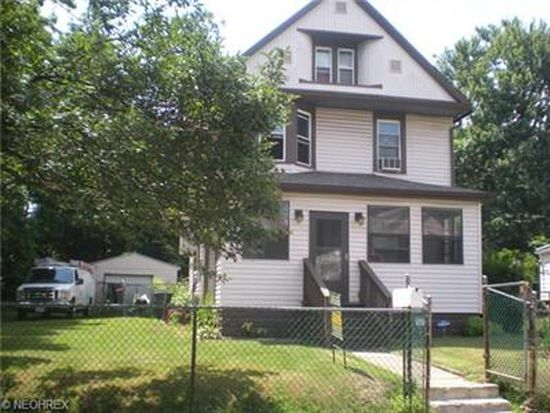 664 Carlysle St, Akron, OH 44310