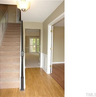 6801 Edwell Ct, Raleigh, NC 27617