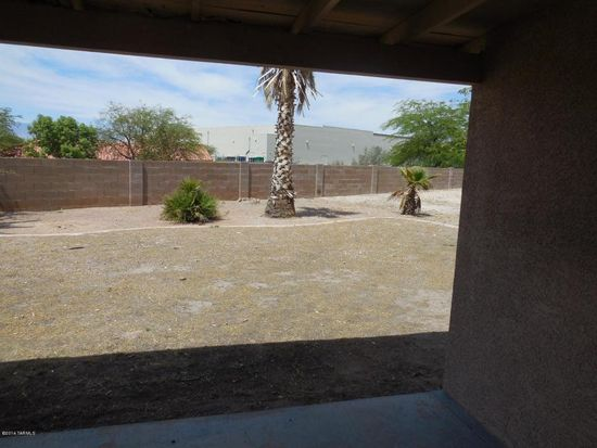 7433 S Lasso Ln, Tucson, AZ 85747