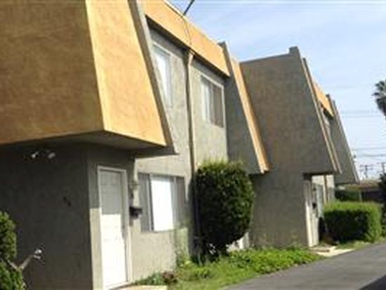 220 N Grandview Ave, Covina, CA 91723