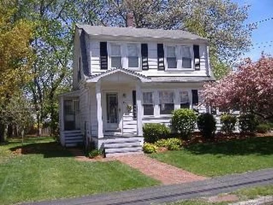43 Lakewood Rd, Weymouth, MA 02190