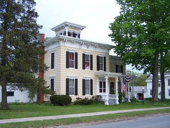 276 North St, West Winfield, NY 13491
