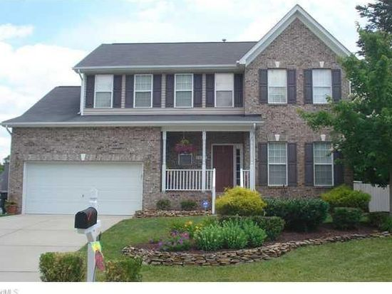 1822 Runner Stone Dr, High Point, NC 27265