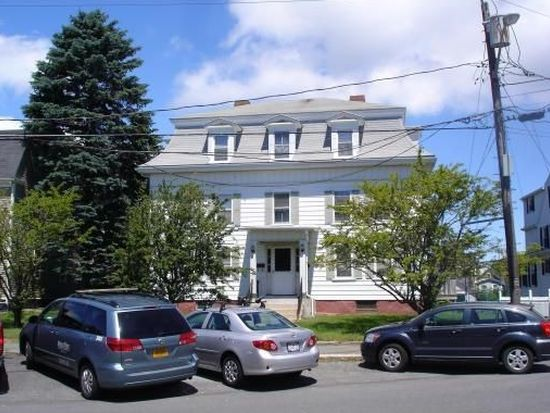 26 Middle St, Gloucester, MA 01930