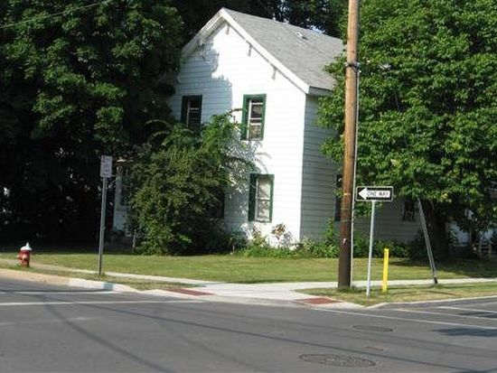 86 Oak St, Plattsburgh, NY 12901