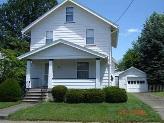 751 Mcclure Ave, Sharon, PA 16146