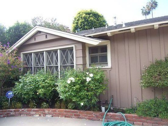 12111 Travis St, Los Angeles, CA 90049