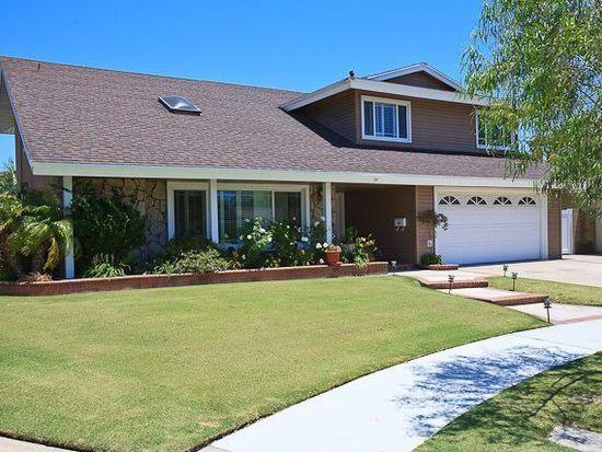 17082 Camelot Cir, Huntington Beach, CA 92649