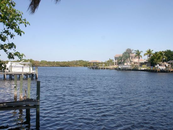 13320 Marquette Blvd, Fort Myers, FL 33905