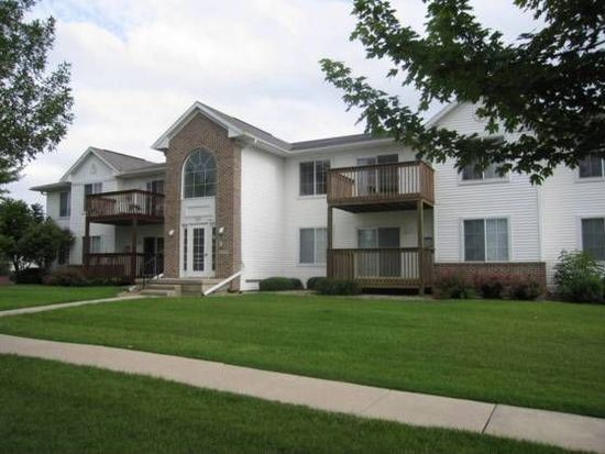 5575 Kacena Ave UNIT 8, Marion, IA 52302