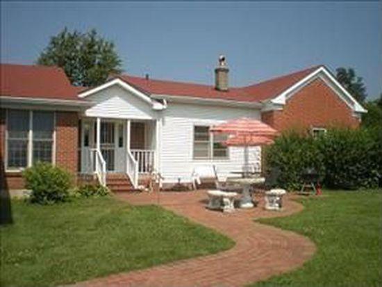 7705 Dobson Ln, Louisville, KY 40291
