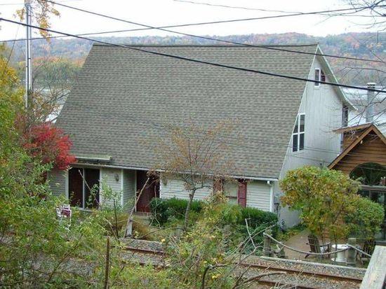 934 E Shore Dr, Ithaca, NY 14850
