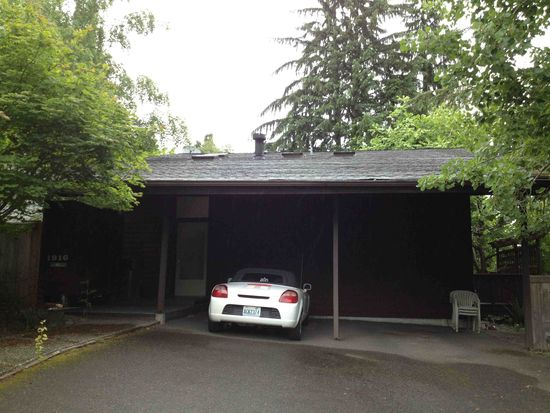 1916 NE 73rd St, Seattle, WA 98115