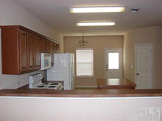 1724 Red Oak Ct, Denton, TX 76209