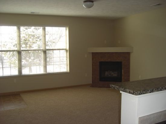 15840 Grand Ave APT 56, Omaha, NE 68116
