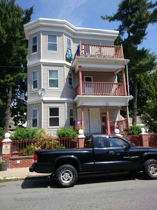 40 Holiday St, Dorchester, MA 02122