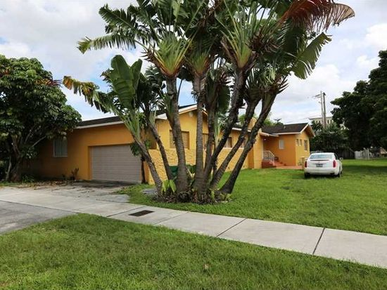 3725 SW 97th Ave, Miami, FL 33165