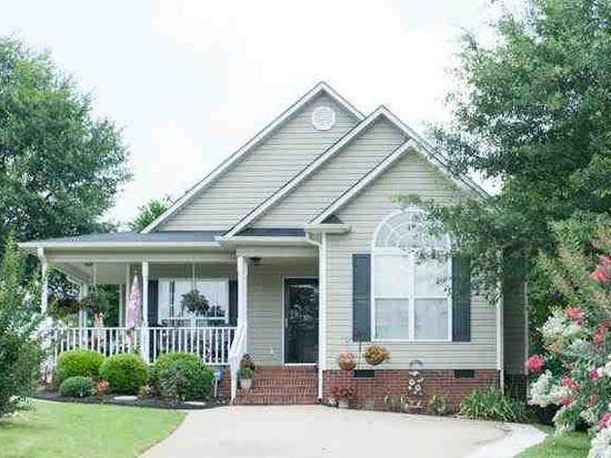 253 Cool Water Ct, Boiling Springs, SC 29316
