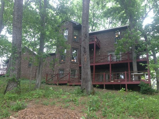 215 Fortions Dr, Limestone, TN 37681