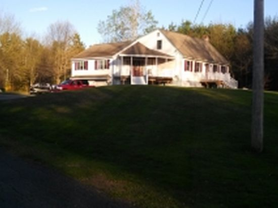 16 S Range Rd, Derry, NH 03038