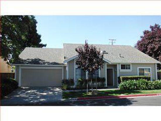 1 Rockway Dr, San Jose, CA 95127