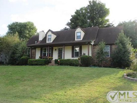 722 Albany Dr, Hermitage, TN 37076