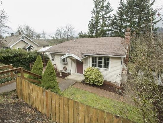 4447 SW Fairvale Ct, Portland, OR 97221