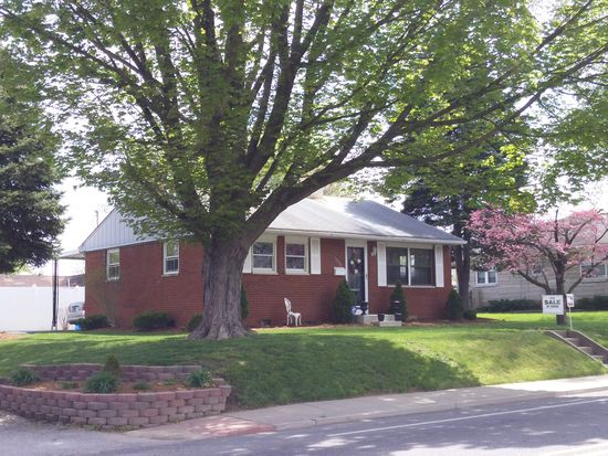 1018 Silver St, New Albany, IN 47150