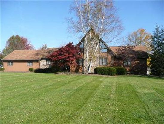 225 Butterfly Ln, Hermitage, PA 16148
