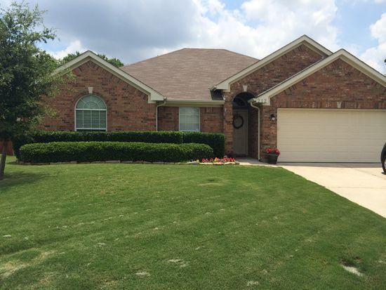 212 Forestridge Dr, Mansfield, TX 76063
