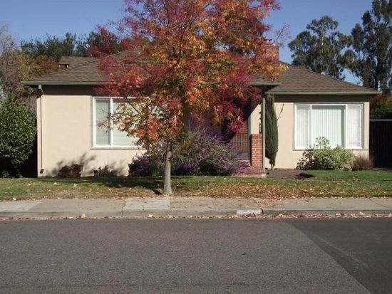 1552 Balboa Ave, Burlingame, CA 94010