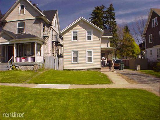 131 Copeland St, Rochester, NY 14609