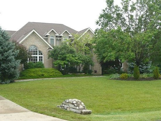 7194 Afton Falls Dr, Maineville, OH 45039