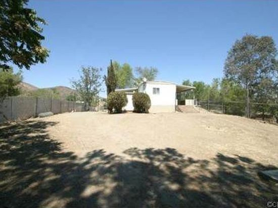 33320 9th St, Winchester, CA 92596