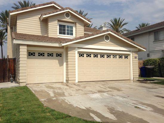 8058 Park Lawn Ct, Fontana, CA 92336