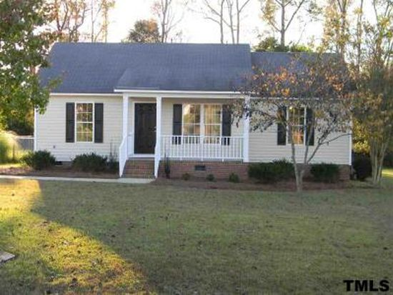 103 Clydesdale Dr, Zebulon, NC 27597