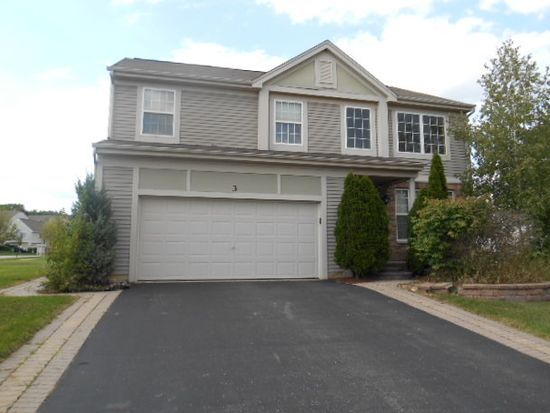 3 Avalon Ct, Cary, IL 60013