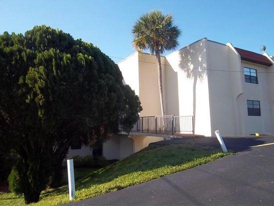 2050 Oleander Blvd APT 6-101, Fort Pierce, FL 34950