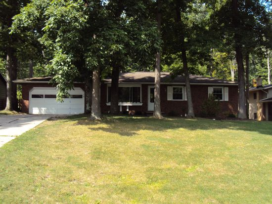 16090 W 130th St, Strongsville, OH 44136